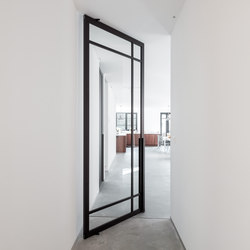 Portapivot 6530 | double door black anodized | Internal doors | PortaPivot