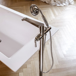 Finezza - Floor-mounted bathtub mixer | Bath taps | Graff