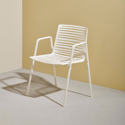 Zebra Chair with armrests | Fauteuils | Fast