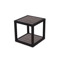 Margarita Side Table With Faux Wood Top | Garten-Beistelltische | Kannoa