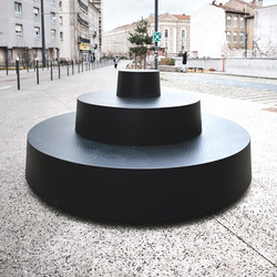 Le plus petit gradin du monde | Exterior benches | TF URBAN
