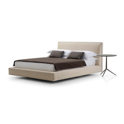 Richard Bed | Double beds | B&B Italia