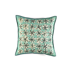 Spice CO 136 41 01 | Cushions | Elitis