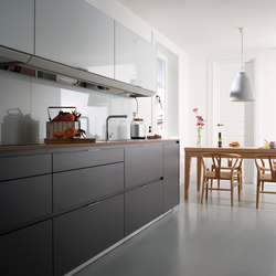 UMBRAE ANTHRACITE GREY Fitted Kitchens From Santos Architonic - Anthracite grey kitchen