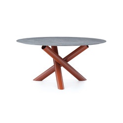 Van Dyck Outdoor Table | Dining tables | Minotti