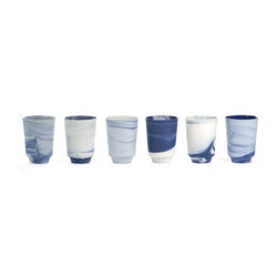 Pigments & Porcelain Cups | 300ml in cobalt | Services de table | Vij5