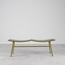 Pagoda Steel Bench | Bancs d'attente | Pfeifer Studio