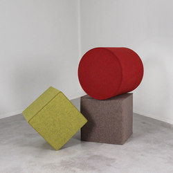 Kräftig Wool Felt Poufs | Sgabelli multifunzionali | Pfeifer Studio