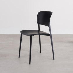 Ply chair | Multipurpose chairs | Desalto