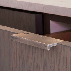 Catch Cabinet Pull | Pomos | Rocky Mountain Hardware