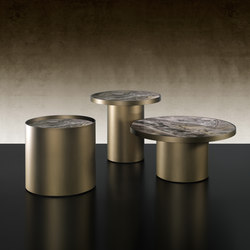 Tau 40 | Side tables | Reflex