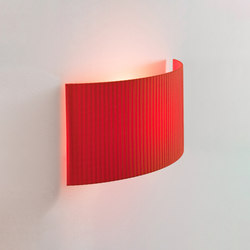 Comodín | Wall Lamp | Wall lights | Santa & Cole