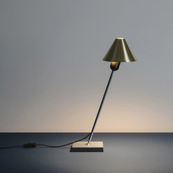 Gira | Table Lamp | Luminaires de table | Santa & Cole