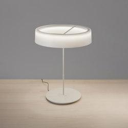 Sin L  | Table Lamp | Luminaires de table | Santa & Cole