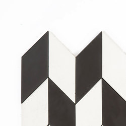 Short-Accordion-Hopscotch-white-black | Außenfliesen | Granada Tile
