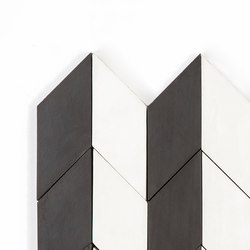 Short-Accordion-Parade-black-white | Außenfliesen | Granada Tile