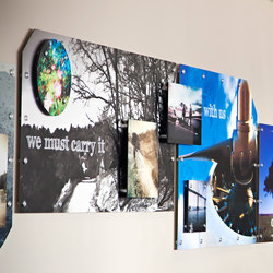 Wall Collage Barrels Caps | Fixation pour signalétique | Gyford StandOff Systems®