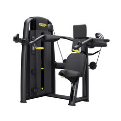 Selection Pro Delts Machine | Aparatos multifuncionales | Technogym