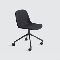 Fiber Side Chair | swivel base with castors | Visitors chairs / Side chairs | Muuto