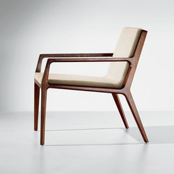 Revo | Lounge Chair | Poltrone lounge | Cumberland Furniture