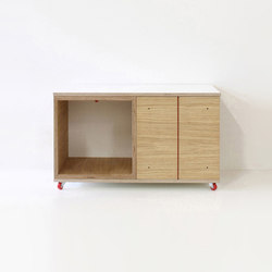 Paruz Beistelltisch | Tavolini alti | Andreas Janson