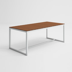 Saler Soft Teak Table haute | Tables à manger de jardin | GANDIABLASCO