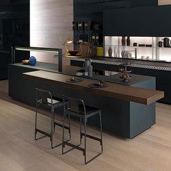 Genius Loci | in schiefergrauem, mattem und glänzendem Glas mit V-Motion | Kücheninseln | Valcucine