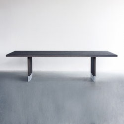 Common dining table | Tables de repas | Van Rossum