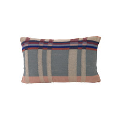 Medley Knit Cushion Large - Dusty Blue | Kissen | ferm LIVING