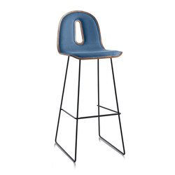Gotham Woody Sled | SG 80 I | Barhocker | CHAIRS & MORE