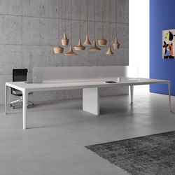 Grand More | Table | Desking systems | Estel Group