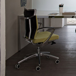 Uniqa | Office Chair | Task chairs | Estel Group