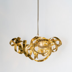 Montone Chandelier triangle | Suspended lights | Jacco Maris