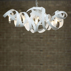 Montone Chandelier triangle | Suspensions | Jacco Maris