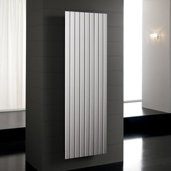 Flyline Verticale | Radiators | Deltacalor