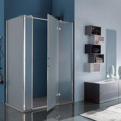 Tilux Pivot door with two fixed elements | Shower screens | Inda