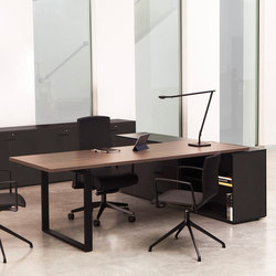 Bat Office | Individual desks | AKABA