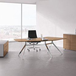 Star office table | Executive desks | RENZ