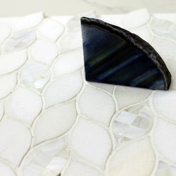 Cristallo Waterjet Leaf | Natural stone tiles | Cancos