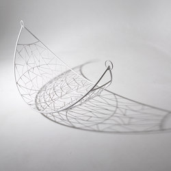 Melon Lounger hanging chair | Balancelles | Studio Stirling