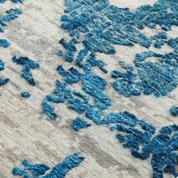 Iconic ocean depths | Rugs | Miinu