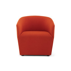 Swerve Lounge Chair / Round Legs | Poltrone lounge | Trinity Furniture