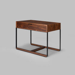 piedmont side table / nightstand | Tavolini alti | Skram