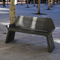 Kelly | Bench | Bancos de exterior | Escofet 1886
