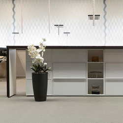 Sitag MCS room dividing partition system | gable stand-up table | Reception desks | Sitag