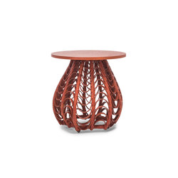 Lasso End Table | Mesas auxiliares | Kenneth Cobonpue