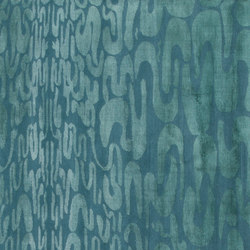 Onde green | Formatteppiche / Designerteppiche | Amini