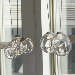 The M… glass pendant lamp | Lámparas de suspensión | Tuttobene