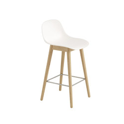 Fiber Bar Stool | wood base - white | Tabourets de bar | Muuto