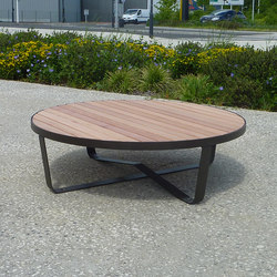 Karma low table | Exterior tables | Concept Urbain